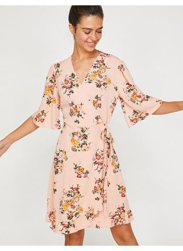 Koton V Yaka Çiçekli Kloş Elbise Pembe